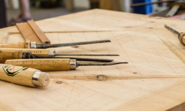 Er du vild med at arbejde med træ? Så læs her hvorfor en båndsliber helt sikkert er noget for dig!